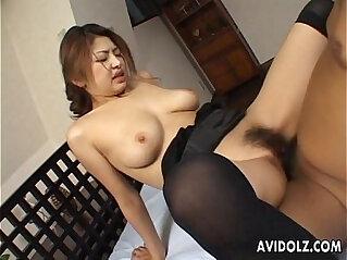 jepang seksi: Busty Japanese babe wants it hard
