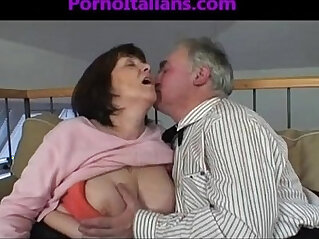 old  ,  slut  ,  sucking   chinese porn
