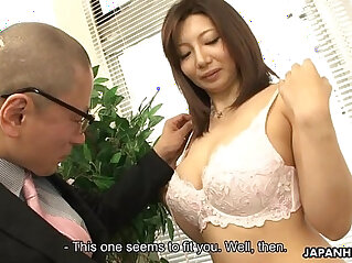 Asian face fucked at her meassuring session