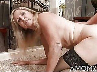 hardcore  ,  hitchhiker  ,  mature  ,  MILF  ,  mom   chinese porn