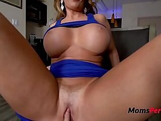 gorgeous  ,  mature  ,  mom  ,  mother  ,  seduction   chinese porn